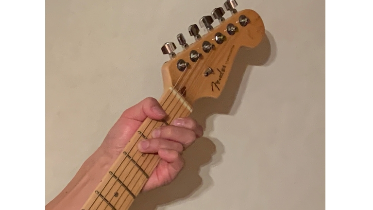 CAGEDシステム / ケイジドシステム ギターリスト用5つのポジションでギターコードとスケールを覚える方法論。