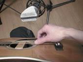 自宅録音のアコースティックギター録り 宅録でアコースティックギターをマイク録りする方法